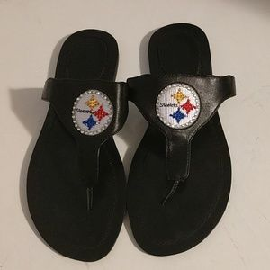 Steelers NWOT leather flip flops